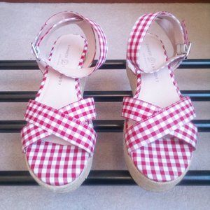 CHINESE LAUNDRY Women's Gingham Sandals - NEW